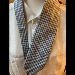 Brioni new Tie